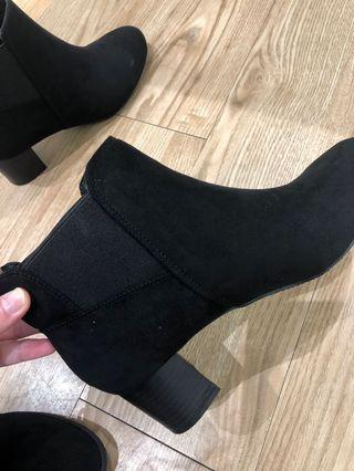 Randa 短靴 M 36.5上下皆可穿 購入價4980 只穿半天