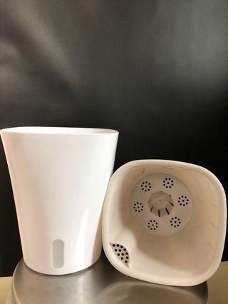 特大儲水式 花盆 2個 (白色)全新
