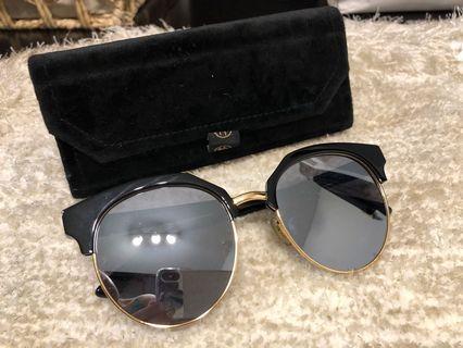 木九十 sunglasses