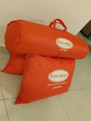 [Moving Out] Pillows, bolster #carouselland