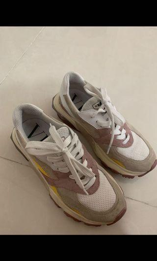 Valentino波鞋