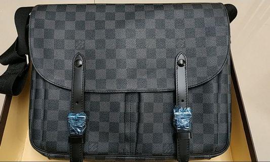 Tas Pria Louis Vuitton Authentic Original