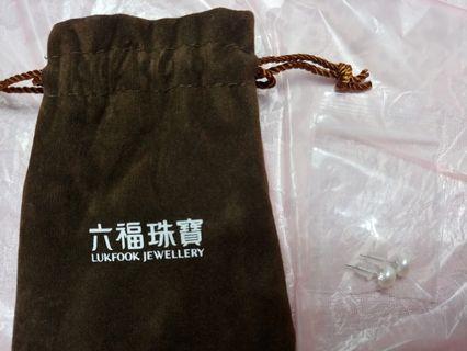 六福珠寶珍珠耳環