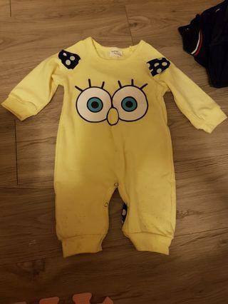 🚚 海綿寶寶連身衣