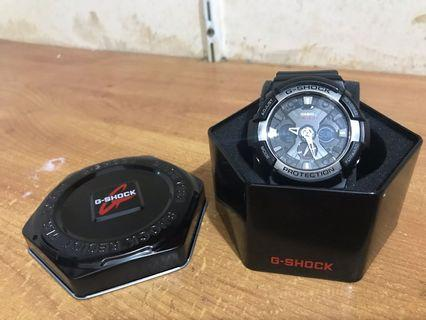 Casio g shock ga-200