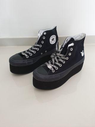 Original Converse x Miley Cyrus Chuck Taylor All Star Platform High Noir