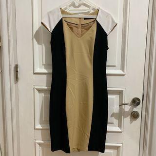 Dorothy Perkins Nude Dress