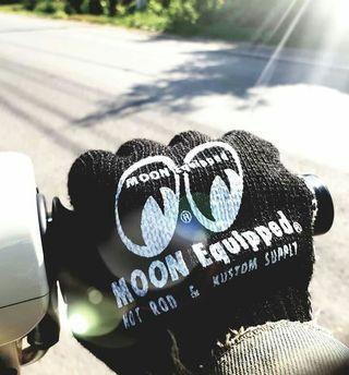 Moon Eyes Riding Glove