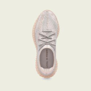 Brand new Yeezy BOOST 350 V2 Synth UK8