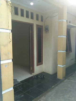 Rumah minimalis dekat bintaro