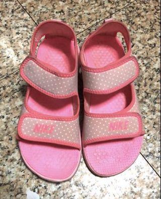 🚚 NIKE女童涼鞋 EUR35