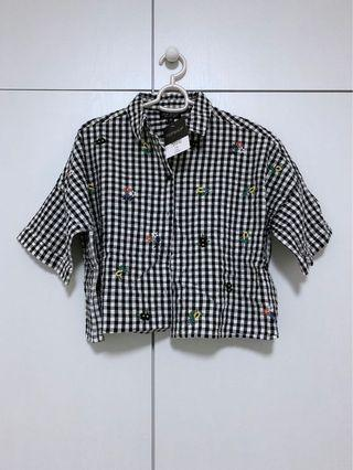 BNWT Topshop Checkered Embroidered Cropped Top