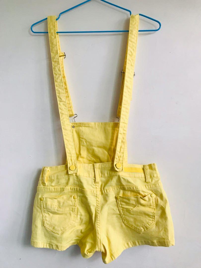 黃色褲裙吊帶褲