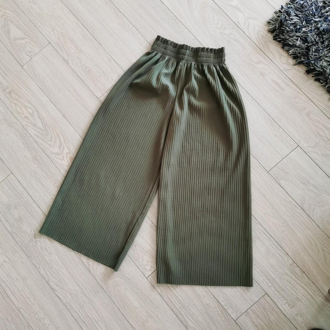 Copper - Wide Leg Pleated Pants in Olive