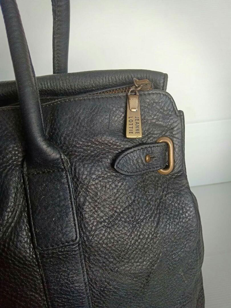 Dijual tas Jeanne Lottie