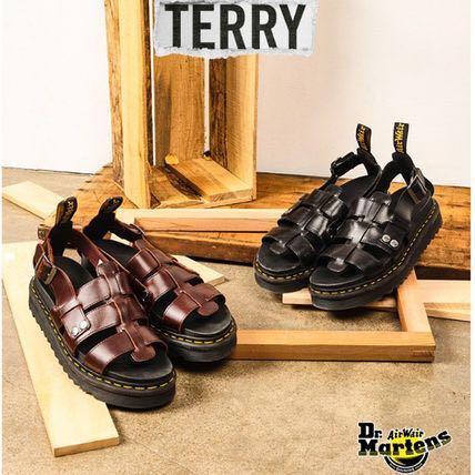 big selection delicate colors performance sportswear Dr Martens Terry Sandals, Women's Fashion, Shoes, Flats ...