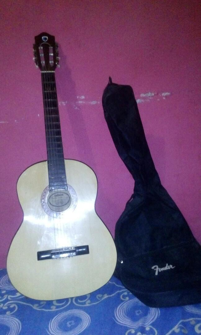 Gitar Yamaha C370 akustik
