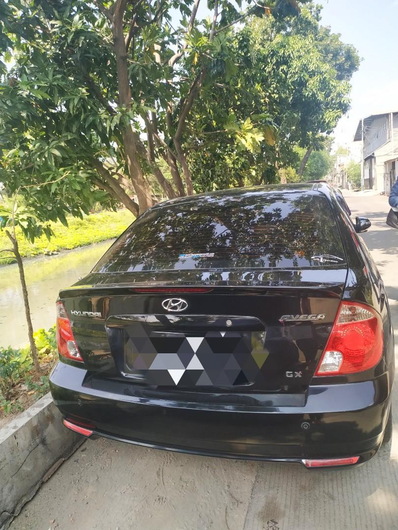 Hyundai Avega GX Tahun 2012 Hitam Metalic Tangan Pertama