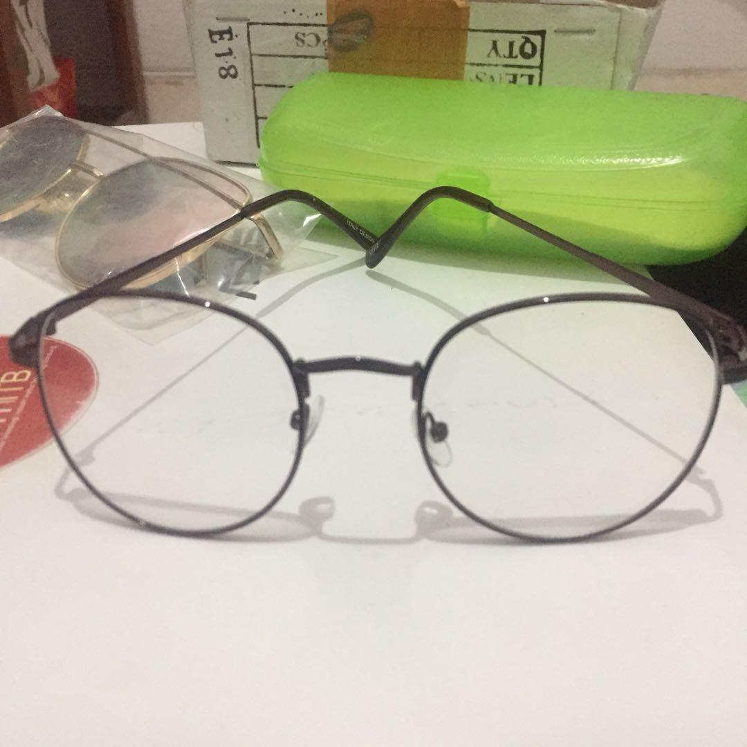 Kacamata Coklat (lensa normal)