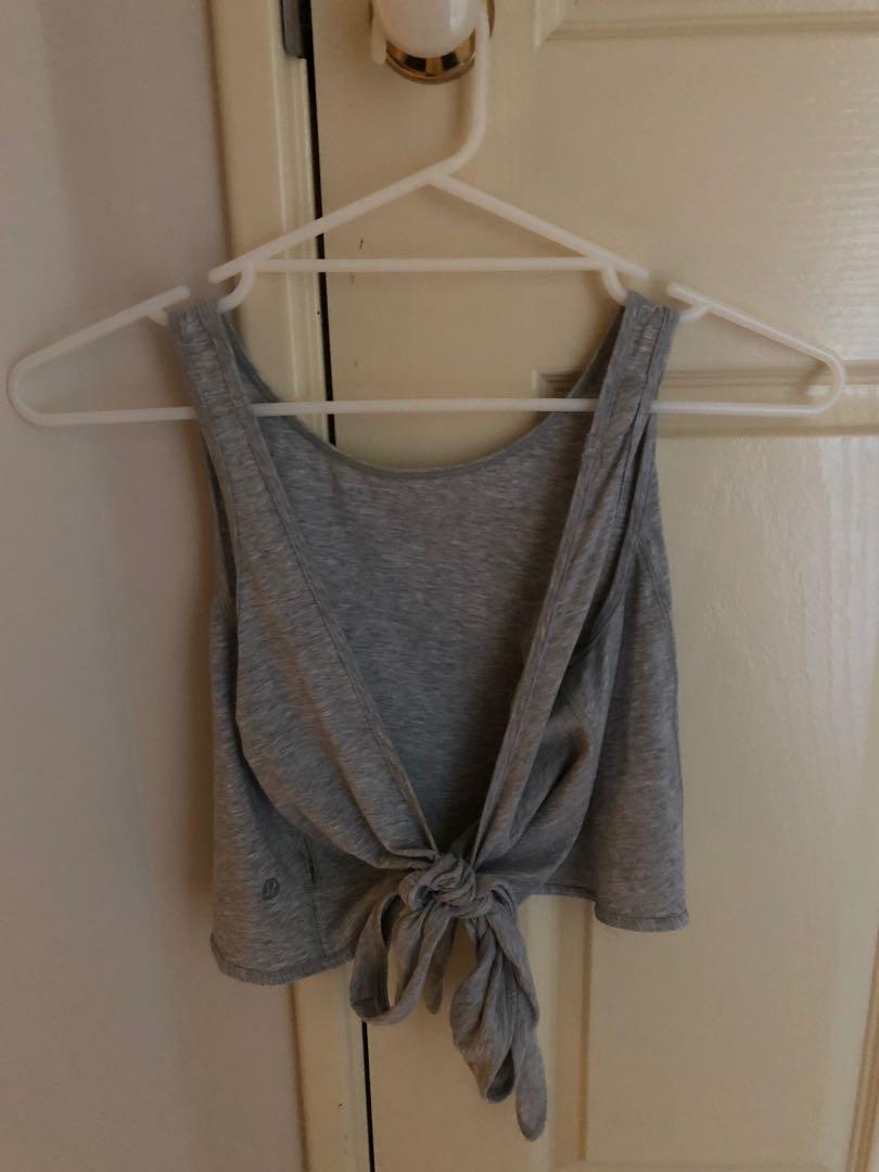 Lululemon Heather Grey Tie Back Crop Size 2 (AU 6-8)
