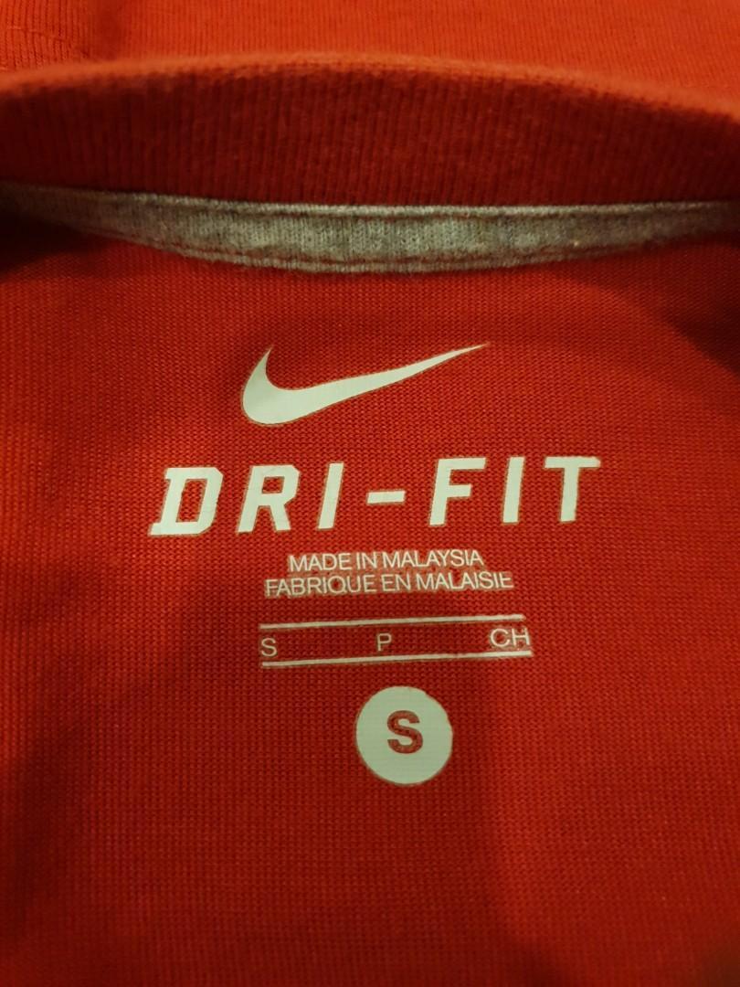Nike Graphics Tee