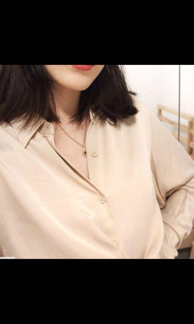 Uniqlo U Collection Beige Satin Long Sleeve Button Up Shirt Blouse