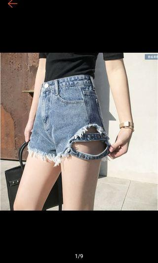 🚚 造型淺藍色短褲