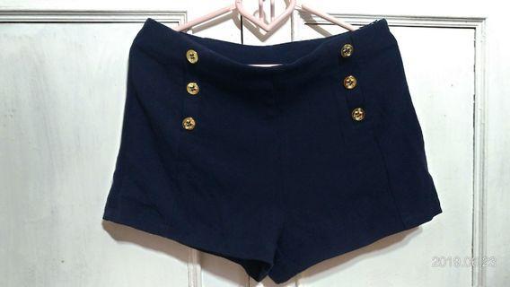 🚚 🎐六金釦深藍短褲