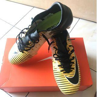Football Boot Nike Mercurial Victory VI FG