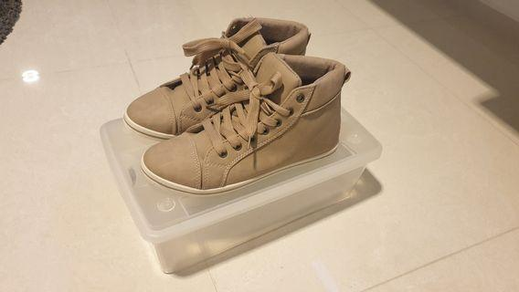 Brand new sneakers