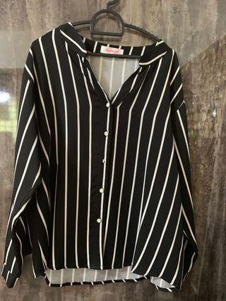 🚚 Striped Blouse black