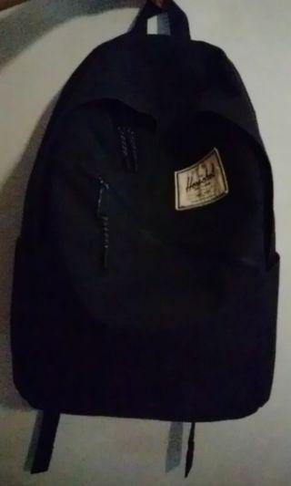 Herschel bagpack, used