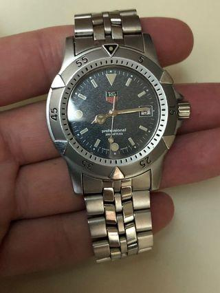 Swiss TAG Heuer Professional 200m Quartz Watch
