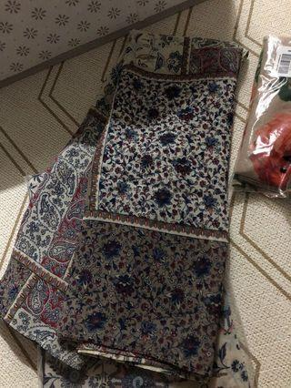 Imaan Boutique Daphne Printed Shawl