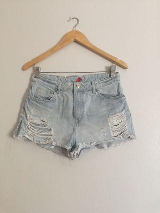 H&M high waisted shorts