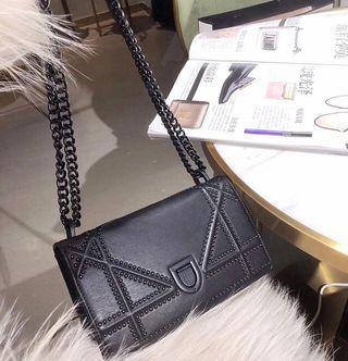 Diorama Bag Matte Black