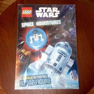 Collectible! LEGO Star Wars R2-D2 Figurine with Comics / Activities Book
