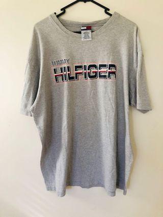 Vintage Tommy Hilfiger T-shirt