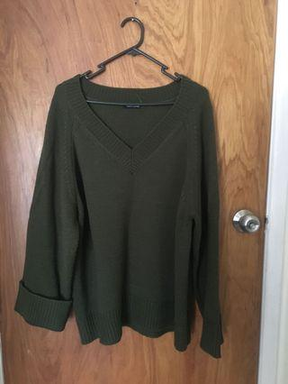 Dar green knitted top