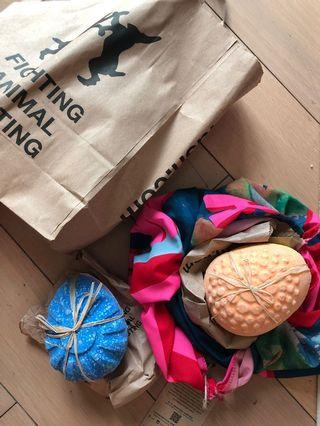 Lush Bath Bombs set with scarf