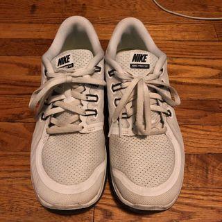 Nike free run 5.0s in white and black