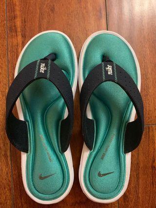 Nike 氣墊拖鞋