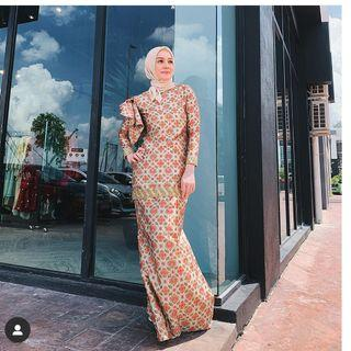 Pharbani shawl publica