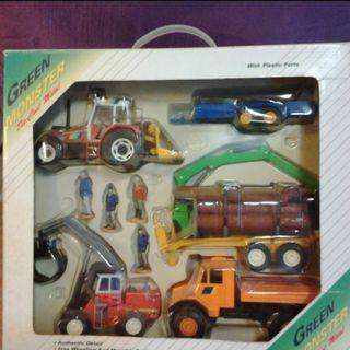 HIGH QUALITY DEVELOPMENT TOYS - CONSTRUCTION/LOGGING VEHICLES AND TRUCKS