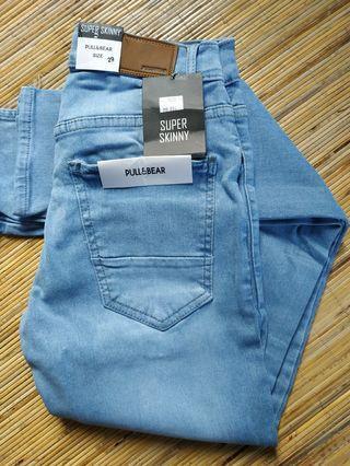 Celana Jeans pull&bear biru langit