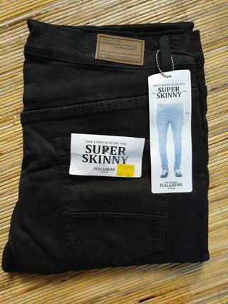 Celana Jeans pull&bear hitam