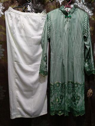 CLEARANCE $15 WHITE WITH GREEN AND GOLD LACE MODERN KURUNG