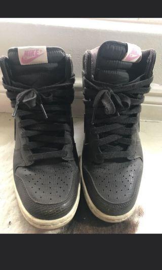 5$-10$ shoes