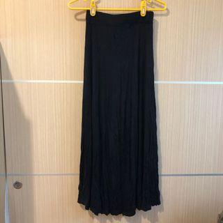 🚚 莫代爾棉黑色長裙