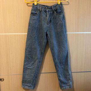 中藍色牛仔長褲